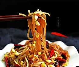 #精品菜谱挑战赛#豆芽炒粉条的做法