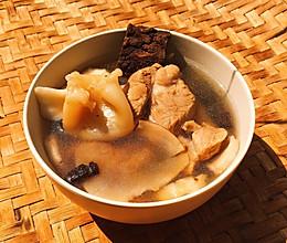 花胶杜仲猪蹄汤的做法
