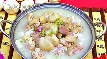 炖豆腐猪蹄香菇的做法