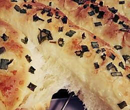 香掉你鼻子的香葱芝士面包的做法