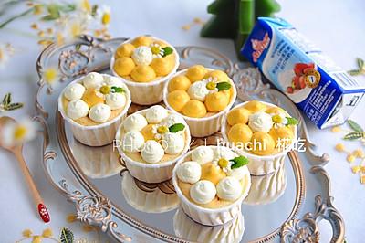南瓜花朵杯子蛋糕