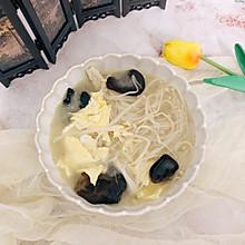 #花10分钟,做一道菜!#双菌蛋汤