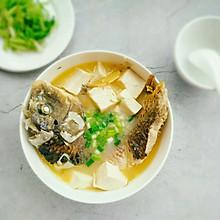 鲤鱼豆腐汤