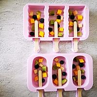 不打蛋没冰渣的酸奶水果冰激淋的做法图解7