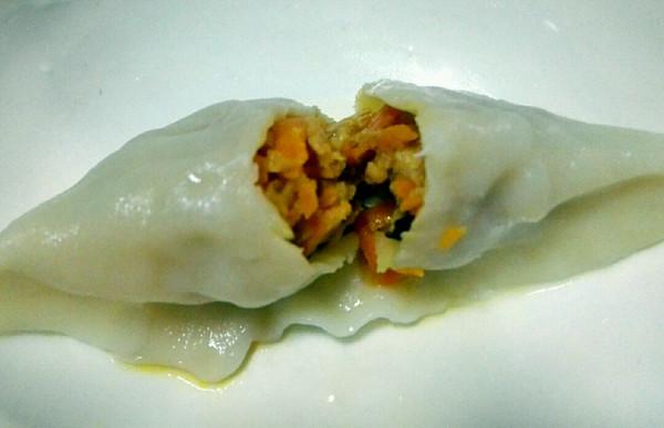胡萝卜香菇猪肉馅饺子