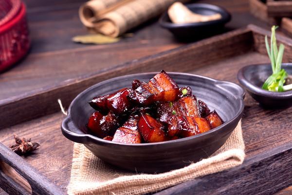 超简单年夜菜【红烧肉】看着就会流口水的做法