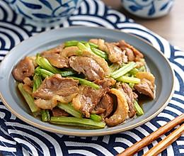 芹菜炒鸭肉【孔老师教做菜】的做法