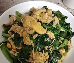 家常版茼蒿炒鸡蛋的做法