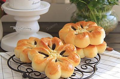 四叶草豆沙面包