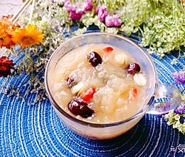#换着花样吃早餐#益气养颜【红枣银耳莲子羹】的做法