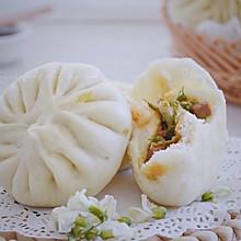 #做道懒人菜,轻松享假期#洋槐花酱肉包子