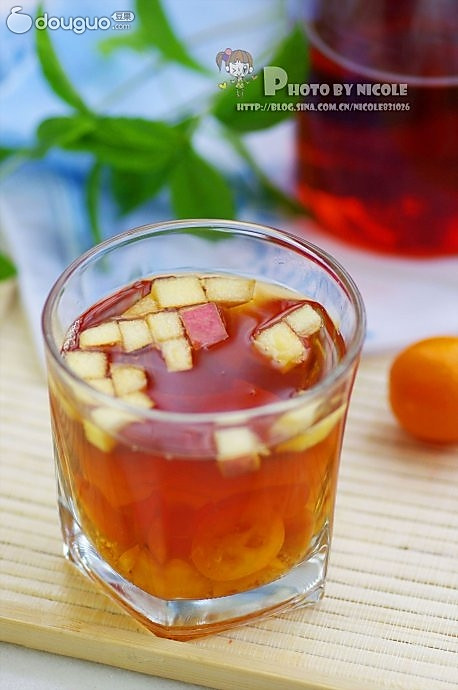 简易水果红茶的做法