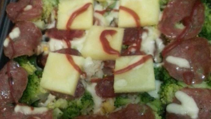 牛油果菠萝香肠焗饭