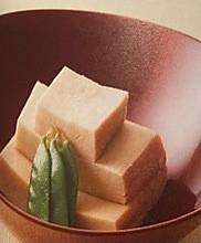高野豆腐の煮もの的做法