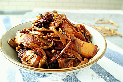 黄花菜烧肉