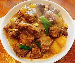 牛肋条焖土豆的做法