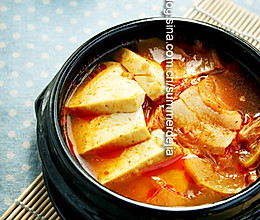 五花肉辣白菜汤的做法