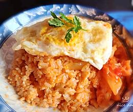 #餐桌上的春日限定#辣白菜炒饭的做法