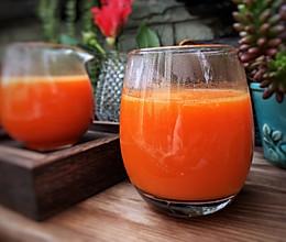 #换着花样吃早餐#胡萝卜苹果汁的做法