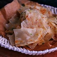#网红美食我来做#饺子皮葱油饼的做法图解6