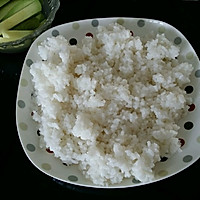 上班族的活力营养午餐 反卷寿司·加州卷·的做法图解2