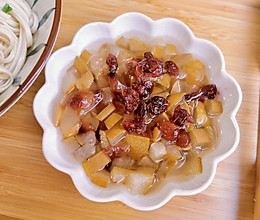 #美食视频挑战赛#蔓越莓冰糖雪梨的做法