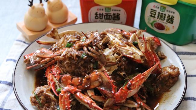 #一勺葱伴侣,成就招牌美味#爆炒梭子蟹的做法