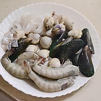 什锦海鲜饭 #父亲节,给老爸做道菜#的做法图解3