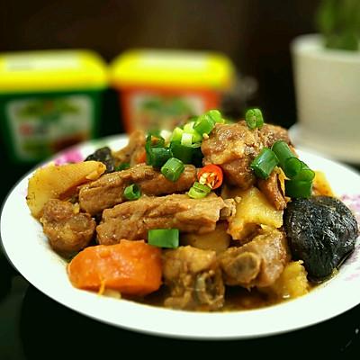 土豆香菇酱排骨