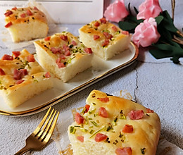 #舌尖上的端午#香葱香肠面包块!咸味面包人人爱!的做法