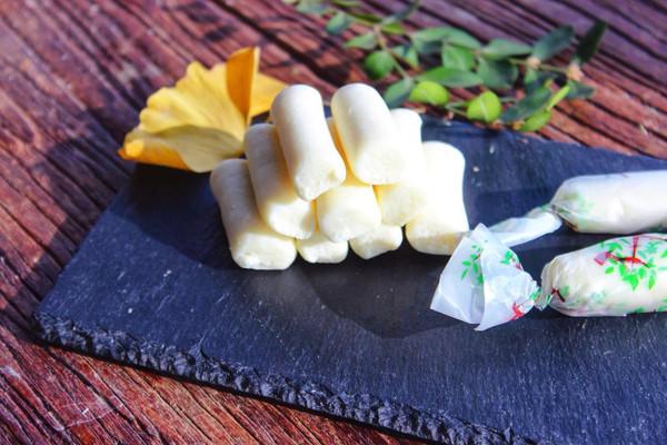 宝宝辅食:奶糖的做法