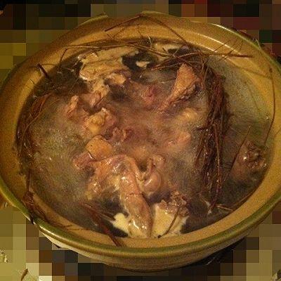 鸡骨草老母鸡汤