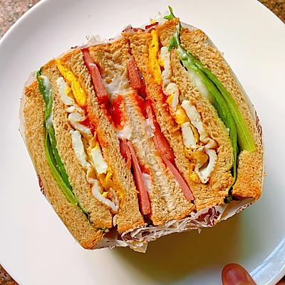 全麦吐司三明治