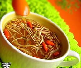金银花枸杞汤的做法