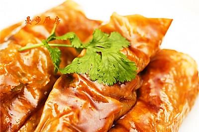 【曼步厨房】粤式点心 - 耗油鲜竹卷