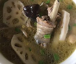 香菇炖鸡汤的做法