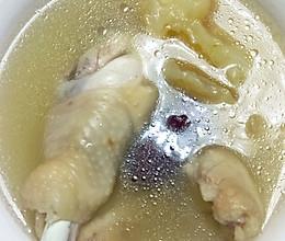 红枣枸杞花胶鸡汤的做法