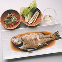 吃好一条鱼?是煎、是炸、是炖?葱油鲈鱼,请跟我来学哦!的做法图解7