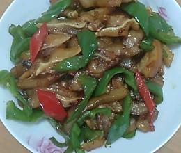 辣椒炒猪耳朵肉的做法