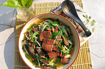 韭菜炒鸭血,营养又好吃!