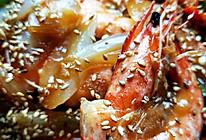 洋葱芝麻虾的做法