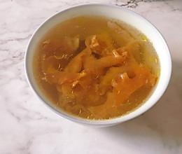 鱼胶鸡脚汤的做法
