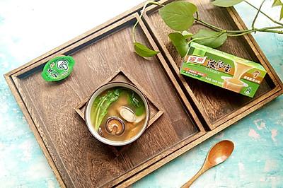 荠菜牛蒡香菇汤