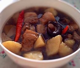 五花肉 炖土豆香菇五花肉的做法