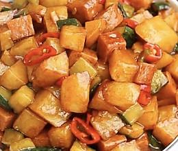 火腿炒土豆丁的做法