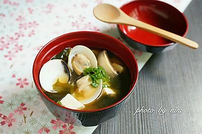 味增蛤蜊汤