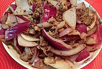 洋葱头爆羊肉片的做法