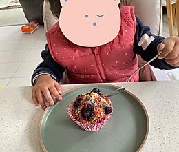 泡打粉版蓝莓彩糖玛芬蛋糕的做法