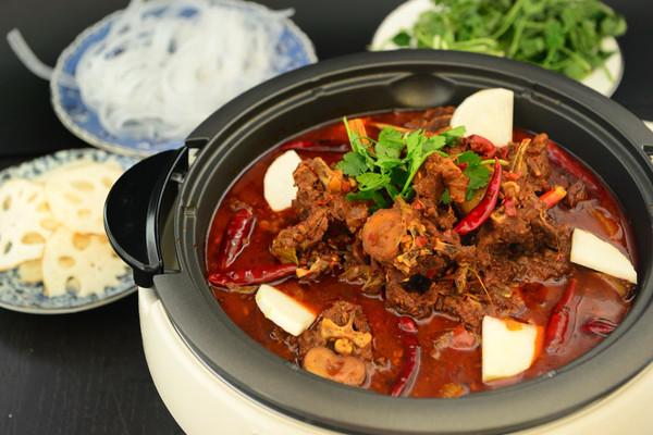 麻辣羊蝎子火锅十八种香料的做法