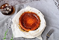 #全电厨王料理挑战赛热力开战!#超火爆的网红巴斯克芝士蛋糕的做法